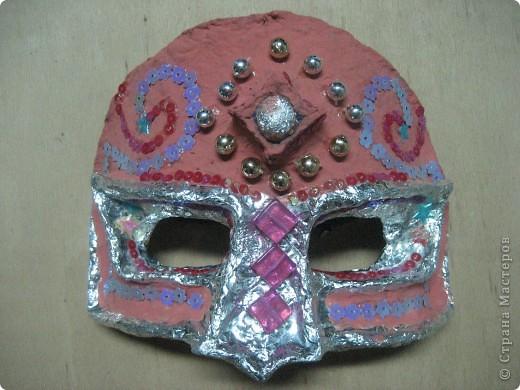 Эта маска выполнена мной в качестве образца для работы с детьми. Все остальные - детьми 4 класса. В них они будут танцевать. фото 1