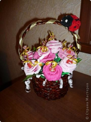 Очень приятно получать подарки, сделанные руками учениц! фото 3
