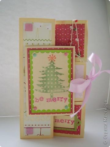 Давненько я ничего не выкладывала :). Вот новая порция новогодних открыток. Первая - серебристо-снежная.  Серебристая цветная бумага, бумага для пастели, веллум, и много разных штампиков... фото 2