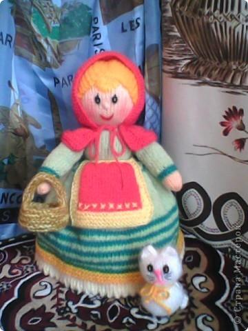 Бабуля сходила на рынок,а любимый Снежок уже успел соскучиться... забрался к ней ну ручки... фото 3