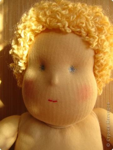 Заказали мне друзья куколку-голышка для Школы родителей. Это моя первая попытка сделать вальдорфскую куклу.  фото 2