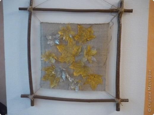 Пано из природного материала: орешник,скилетированные листья, льняная веревка и грубая льняная ткань фото 2