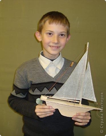 Простейшая модель ветровой яхты