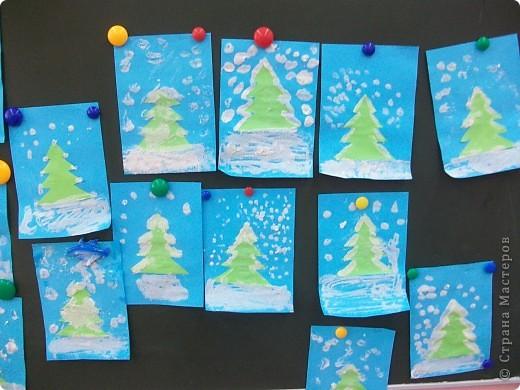 Такие снежные елочки делали с детками 3-4 лет. Решила для мамочек выложить МК. Сама по себе поделка очень легкая.  фото 1