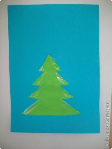 Такие снежные елочки делали с детками 3-4 лет. Решила для мамочек выложить МК. Сама по себе поделка очень легкая.  фото 4