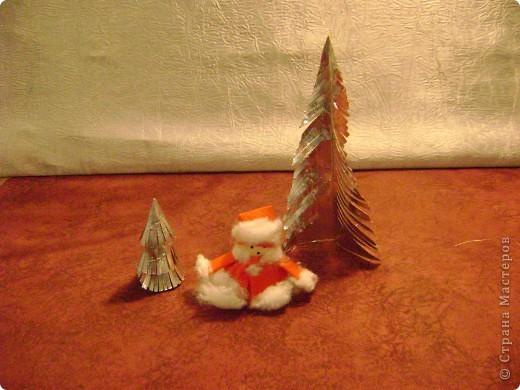 На Новый год мы делаем много подарков. Их желательно красиво упаковать, но упаковку  не все будут хранить (опыт подсказывает). Вывод ее нужно украсить при минимальных затратах.  фото 9