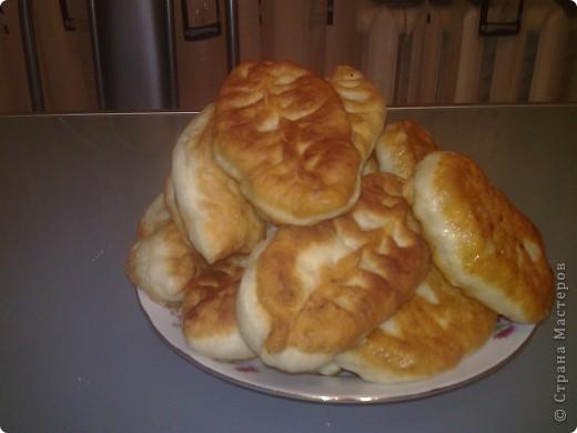 Пирожки сладкие с яблоком. Может и вы все это знаете, но тонкости у каждого свои. фото 1
