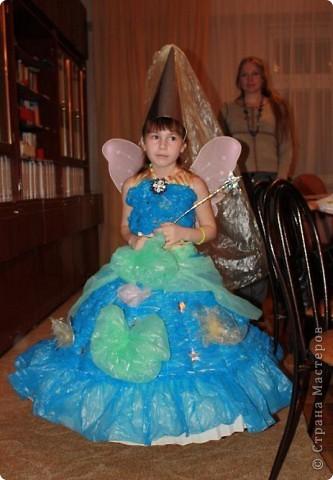 Дочь Маруся в костюме Нюши из Смешариков. Делала из папье-маше, шляпа украшена в технике торцевания. фото 9