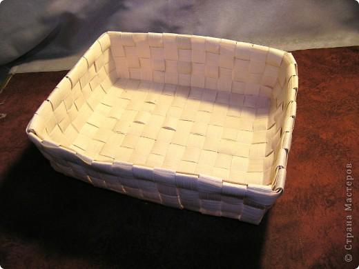 Материалы по плетению у меня хранятся много лет. Я периодически возвращаюсь к этой технике. Но лозы мне не заготовить, а бумажки надо размечать и резать. Что-то мне этот процесс не нравится. Думала-думала и придумала.  фото 7