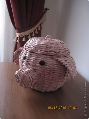 Свинка с довеском фото 1