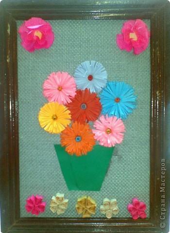 Ваза с цветами Работа ученицы 4 класса Пантюшиной Анны lubab 1959