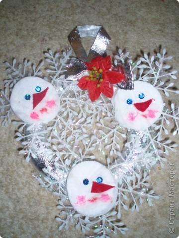 Девочки сегодня пересматривала новогодние украшения свои с прошлого года вот, что нашла решила выставить:))) идеи брала где то в интернете, кое что свое:))) фото 2