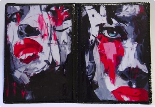 Синтетическая обложка, декорированная в технике декупаж, искусственно состаренная кракелюрным лаком. В декоре использовалась распечатка работы художника Caia Koopman. фото 7