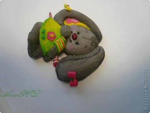 Зайка-девочка с карандашиком фото 4
