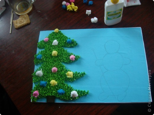 Вот такую картинку сделала Настенька к Новому году. (с моей небольшой помощью) фото 5