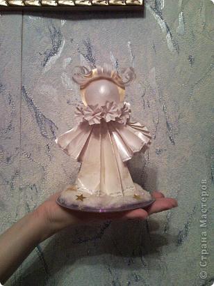 В садик попросили сделать на конкурс  Рождественский сувенир,но времени три дня,вот за один день благодаря МК Ольги Кирьяновой,спасибо ей большое,родился и у меня ангелок на облачке,немного приукрасила. фото 2