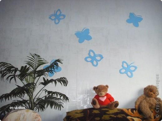 после ремонта оставались потолочные плиты, решила преобразить детскую комнату,вот что получилось