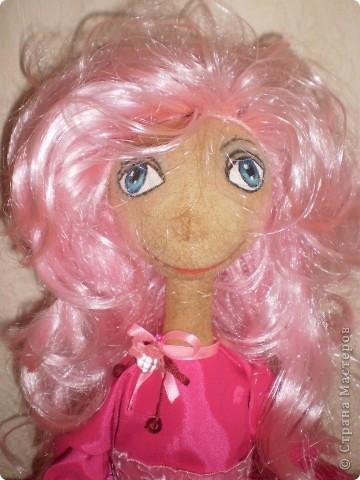 Кукла 65 см. Сшита как примитив с круглой головой из 4 клиньев, тело из фланели , покрашена кофе с корицей.  фото 5