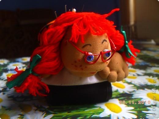 Первая проба с шить что то нужное и  веселое. Правда немного низко пришила голову . фото 2