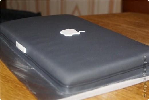 Торт-ноутбук. Молодому человеку на день рождения