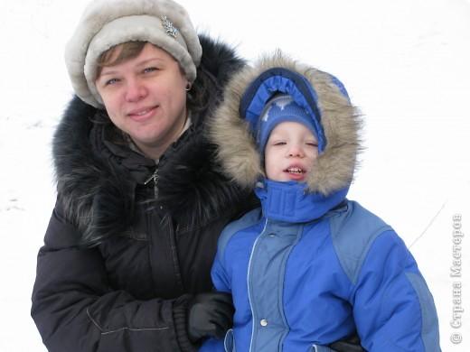 Налепили с сыном ёлочки из солёного теста и семян дыни (можно использовать простые чёрные семечки от подсолнушка, результат хуже не будет) фото 19