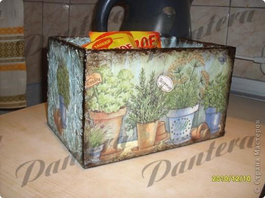 Давно собиралась сделать коробочку для хранения пакетиков со специями. фото 1