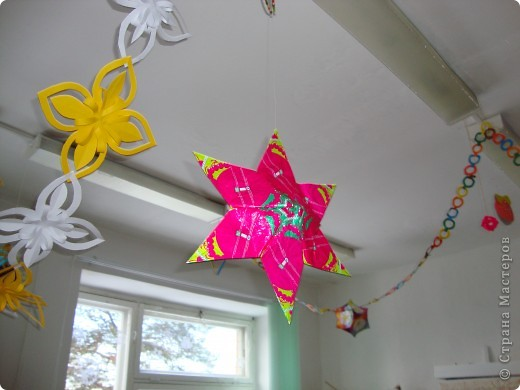 Звезда-подвеска из фантиков фото 1