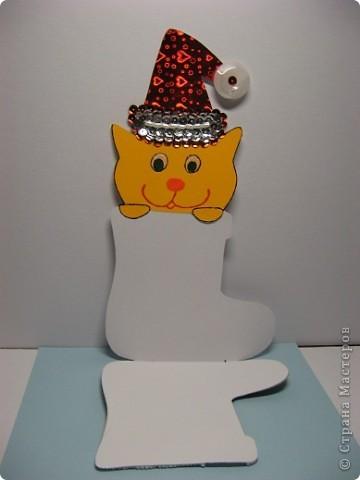 Скоро Новый год, поэтому Маруся сделала открытку учительнице. Надеемся, что открытка понравится. фото 3