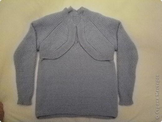 Так свитер виглядит целиком...связан спицами... фото 6