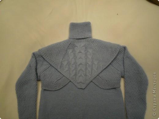 Так свитер виглядит целиком...связан спицами... фото 1