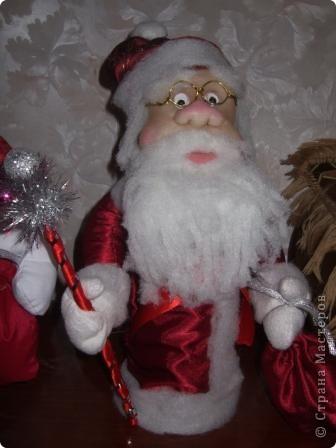Дед Мороз подружки Лены - слева,  мой -справа. фото 3