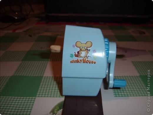 Сегодня прислали заказанный мною шредер. Нарезать полоски для квиллинга одно удовольствие!!! Вставили бумагу... фото 9