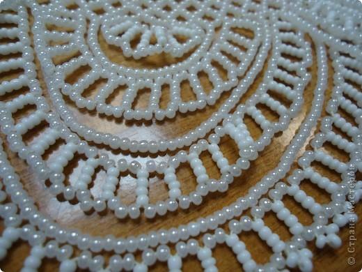 Все украшения на основе сетки из бисера. фото 6