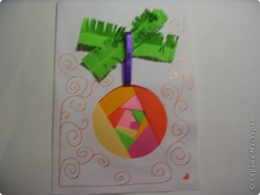 Яркая открытка. (Новогодний шар на веточке) фото 1