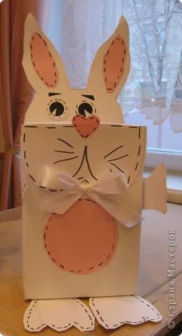 Идея из книжки «Живые коробочки», автор Анна Падберг Шаблоны в книге даны на небольшую коробочку, поэтому рисовала сама под свой размер, точнее срисовывала. фото 5