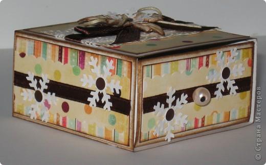 Сделала парочку коробочек для небольших новогодних подарочков и останавливаться на достигнутом не собираюсь -)))) фото 3