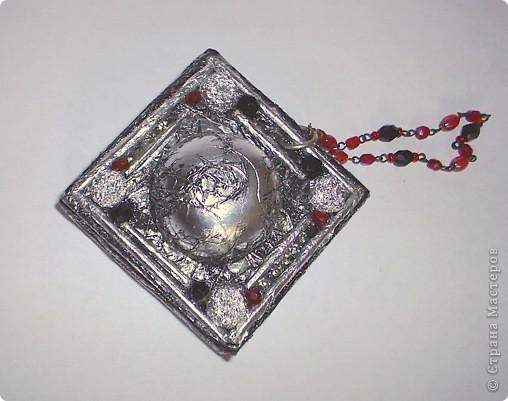 """Это коробочка для компаса которая болталась на ремне у Джека Воробья в фильме """" Пираты Карибского моря"""" Решил быть Джеком Воробьем на новогоднем празднике в этом году. Но в костюме очень много деталей вот потихоньку их сделаю за оставшуюся неделю, надеюсь успею!!!  фото 1"""