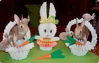 Вот такая кроличья корзинка получилась в итоге. Корзиночку делала по схеме из книги 3D оригами, а схема зайца есть практически на каждом сайте по поделкам из бумаги. фото 4