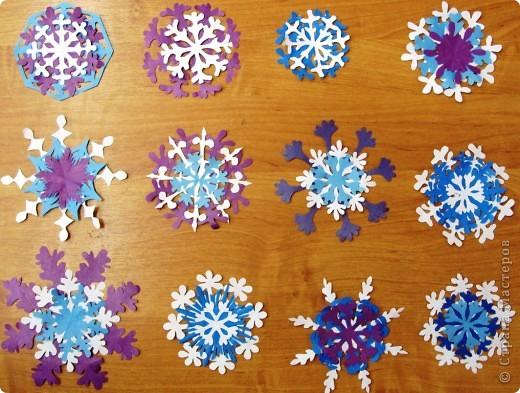 А бывают и такие морозные снежинки, играют себе под солнцем разными цветами! Очень красиво смотрятся в оформлении интерьера за счёт разнообразия цветов.  фото 1