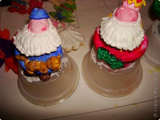 Моя первая проба вылепить картину с арнаментом, и в голову пришла вот такая тематика-Дева Мария с младенцем, барашек, рождественская елочка и, конечто же, звезда! Всех с наступающем РОЖДЕСТВОМ ХРИСТОВЫМ!!!! фото 4