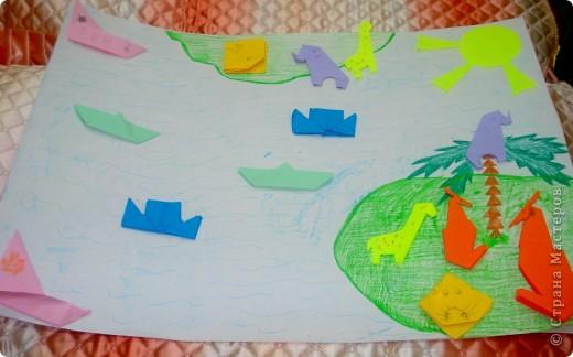 вот такую коллективную работу я делала с детьми 5-6 лет в детском саду. поросята, циплята и курочки сделаны в технике оригами; всё остальное нарисовано на ватмане гуашью. фото 3