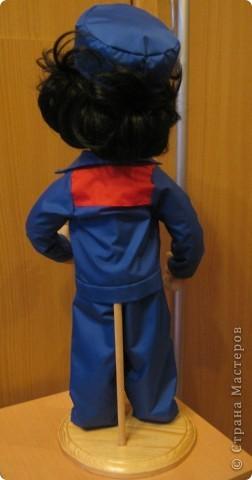 Попросили сделать женщину энергетика. Это уже вторая моя кукла этой профессии, но к большому моему сожалению, я забыла сфотографировать первую. фото 5