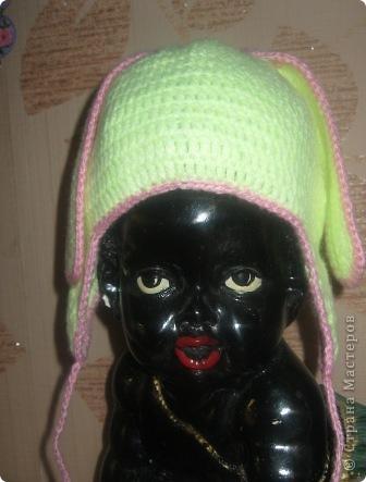 Связала шапочку на заказ для ребенка. Правда не видела девочку, все делала на глаз. фото 3
