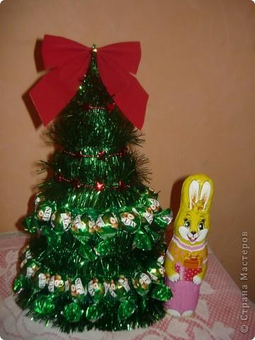 елочка и символ года.