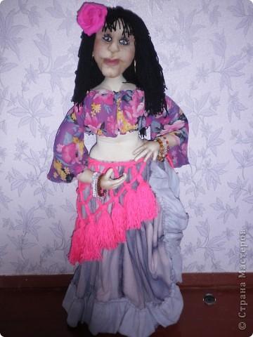 Це моя Дуняша. Ще подобаються мені ляльки Ольги Рубцової. Була в галереї ляльок у Києві і побачила її роботи, захотілося і собі спробувати зробити щось подібне. Така у мене вийшла дівчинка. фото 5