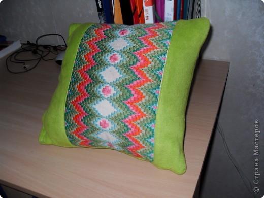 Декор подушка 31*34 см (флорентийская вышивка)