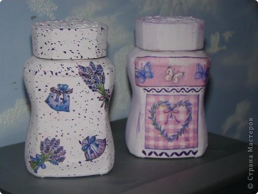 """ваза """"Ангелы"""" верхняя часть обклеена салфеткой, снизу целым фрагментом приклеена салфетка, акриловые краски, битум и золото по все поверхности фото 9"""