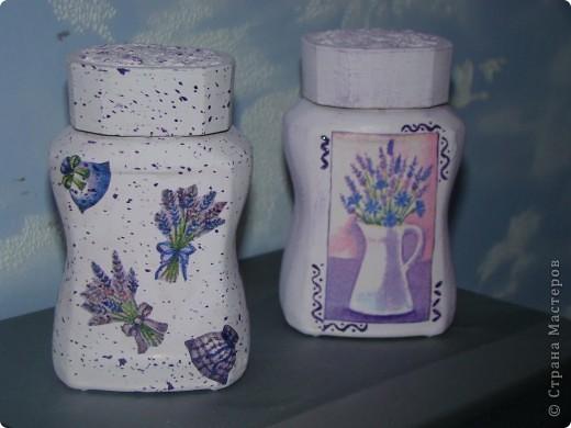 """ваза """"Ангелы"""" верхняя часть обклеена салфеткой, снизу целым фрагментом приклеена салфетка, акриловые краски, битум и золото по все поверхности фото 10"""