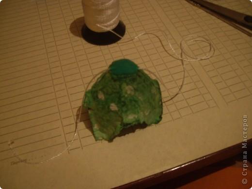 Вот такую гирлянду мы с Настей сделали из упаковки из-под яиц. фото 7