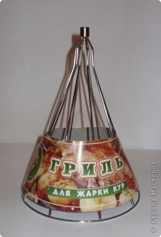 Покупка в хозяйственном отделе послужит основой для сладкой елочки. фото 1